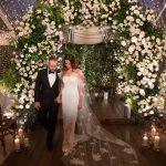 Elana wearing Oscar de la Renta wedding gown