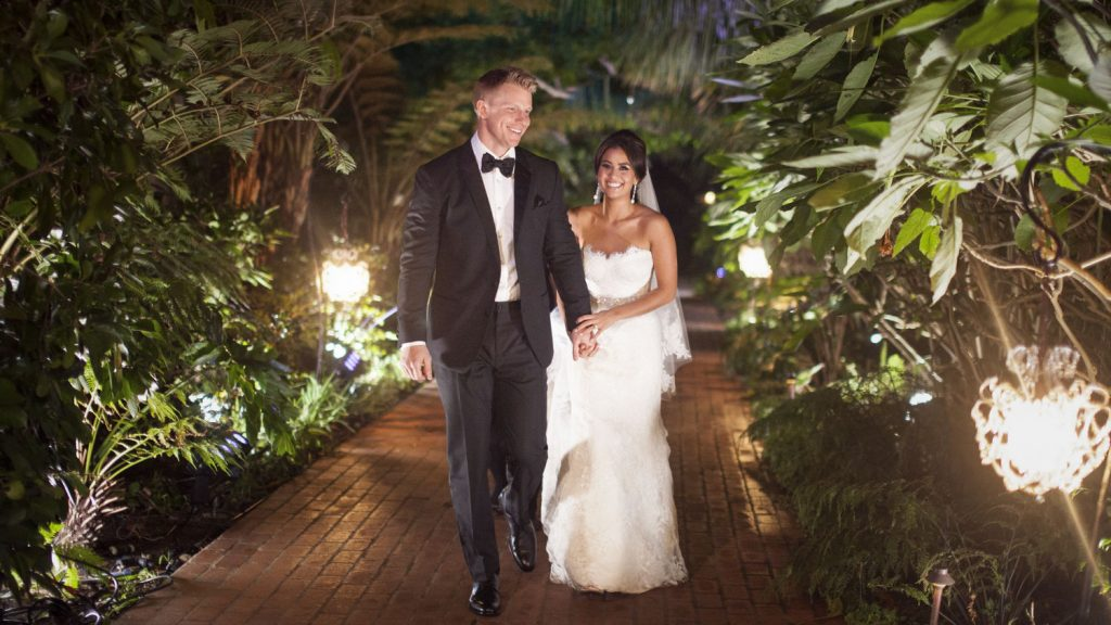 wedding-abc-bachelor-sean-lowe-catherine-guidici-johnandjoseph160.jpg