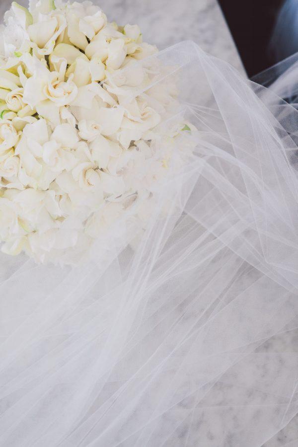 wedding-photographer-chihuly-garden-glass-seattle-lindsay-daniel-030_lndd6010.jpg