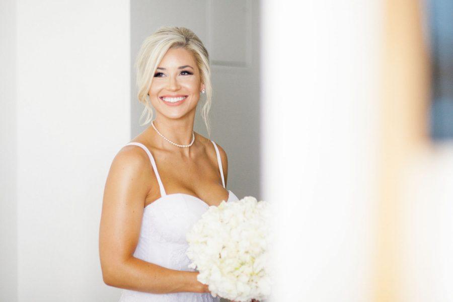 wedding-photographer-chihuly-garden-glass-seattle-lindsay-daniel-130_lndd1260.jpg
