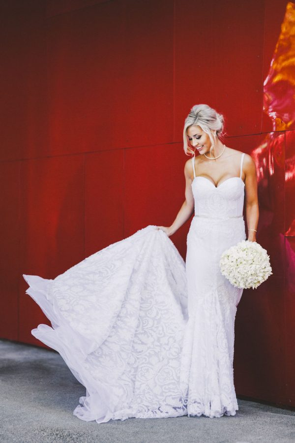 wedding-photographer-chihuly-garden-glass-seattle-lindsay-daniel-280_lndd6029.jpg