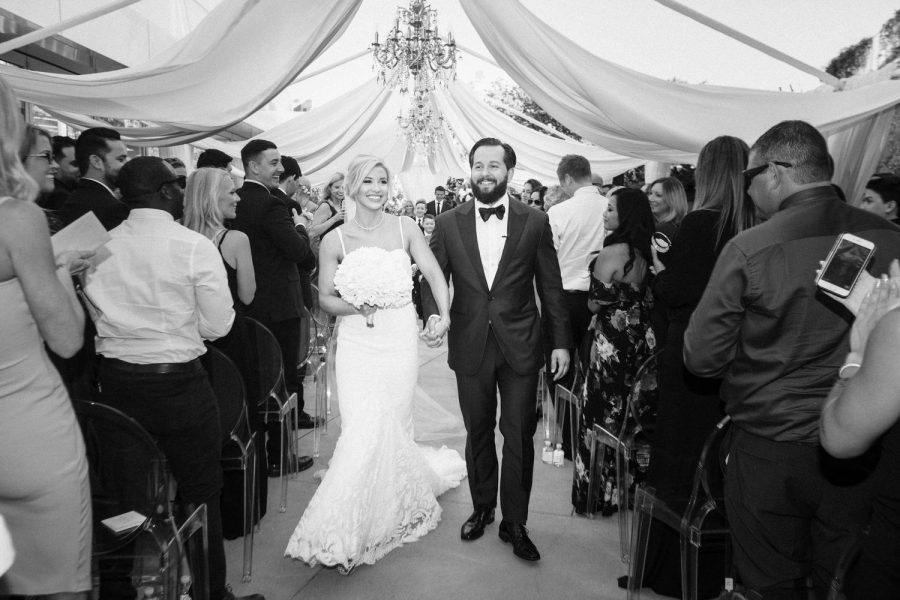 wedding-photographer-chihuly-garden-glass-seattle-lindsay-daniel-510_lndd1862.jpg