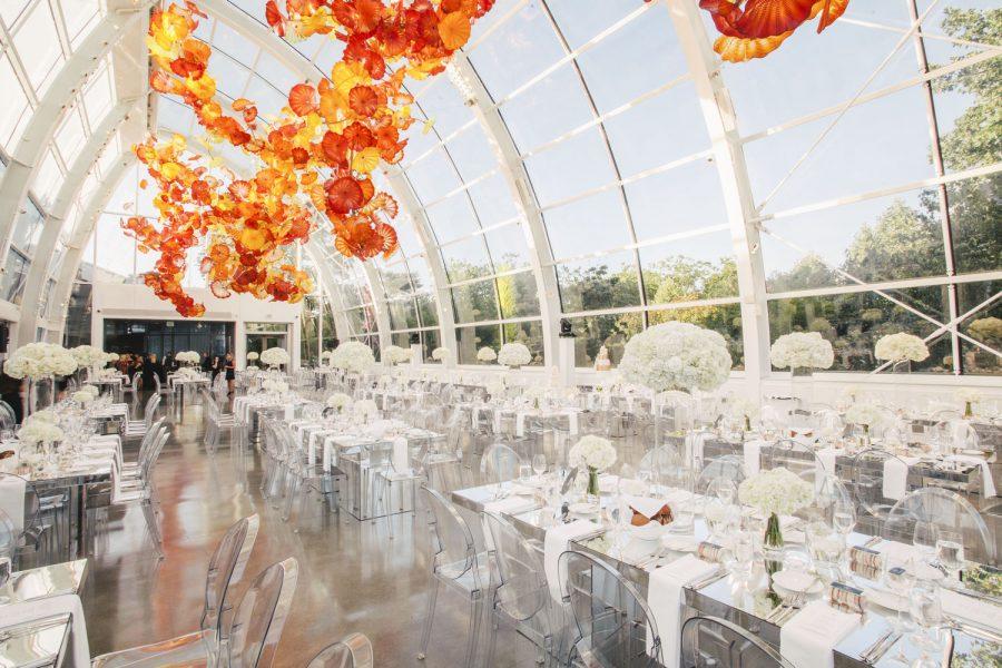 wedding-photographer-chihuly-garden-glass-seattle-lindsay-daniel-600_lndd6053.jpg