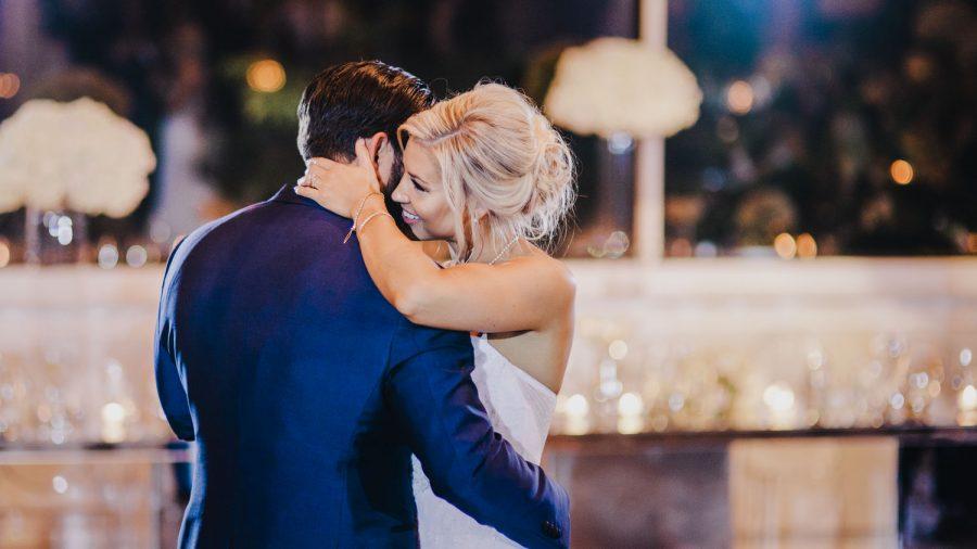 wedding-photographer-chihuly-garden-glass-seattle-lindsay-daniel-860_lndd6068.jpg